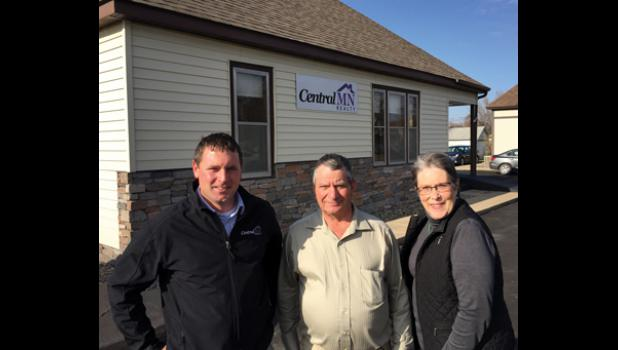 Brandon Kelly, Dale Gimbel and Vicki Meyer of Central MN Realty. Birdsell Realty has been sold to Central MN Realty with Gimbel and Meyer moving over with the business.